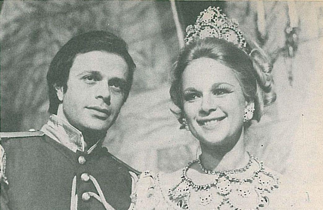 Hristos Politis and Aliki Vougiouklaki in Vasilissa Amalia (1975)