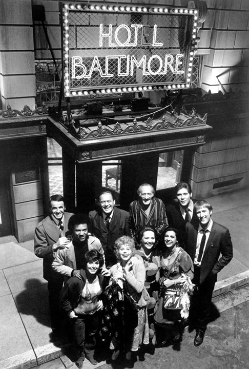 James Cromwell, Conchata Ferrell, Lee Bergere, Henry Calvert, Al Freeman Jr., Stan Gottlieb, Gloria LeRoy, Jeannie Linero, Richard Masur, and Robin Wilson in Hot l Baltimore (1975)