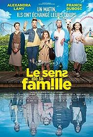 Franck Dubosc, Alexandra Lamy, Rose de Kervenoaël, Mathilde Roehrich, and Nils Othenin-Girard in Le sens de la famille (2020)