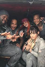 Zak Santiago, Viv Leacock, Emily Tennant, Michael Eklund, Osric Chau, and Hannah Marks in Dirk Gently's Holistic Detective Agency (2016)