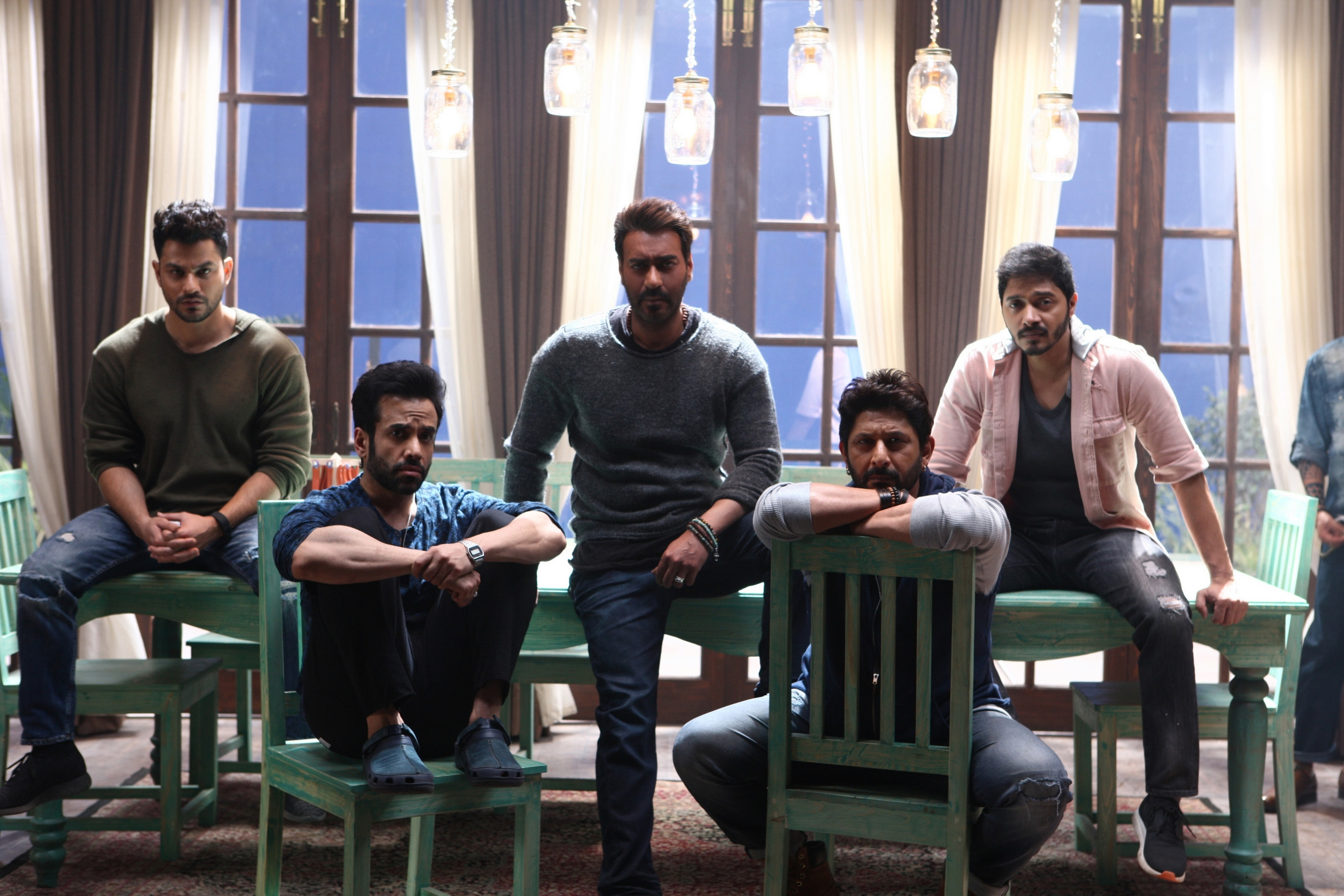 Ajay Devgn, Kunal Khemu, Arshad Warsi, Tusshar Kapoor, and Shreyas Talpade in Golmaal Again (2017)
