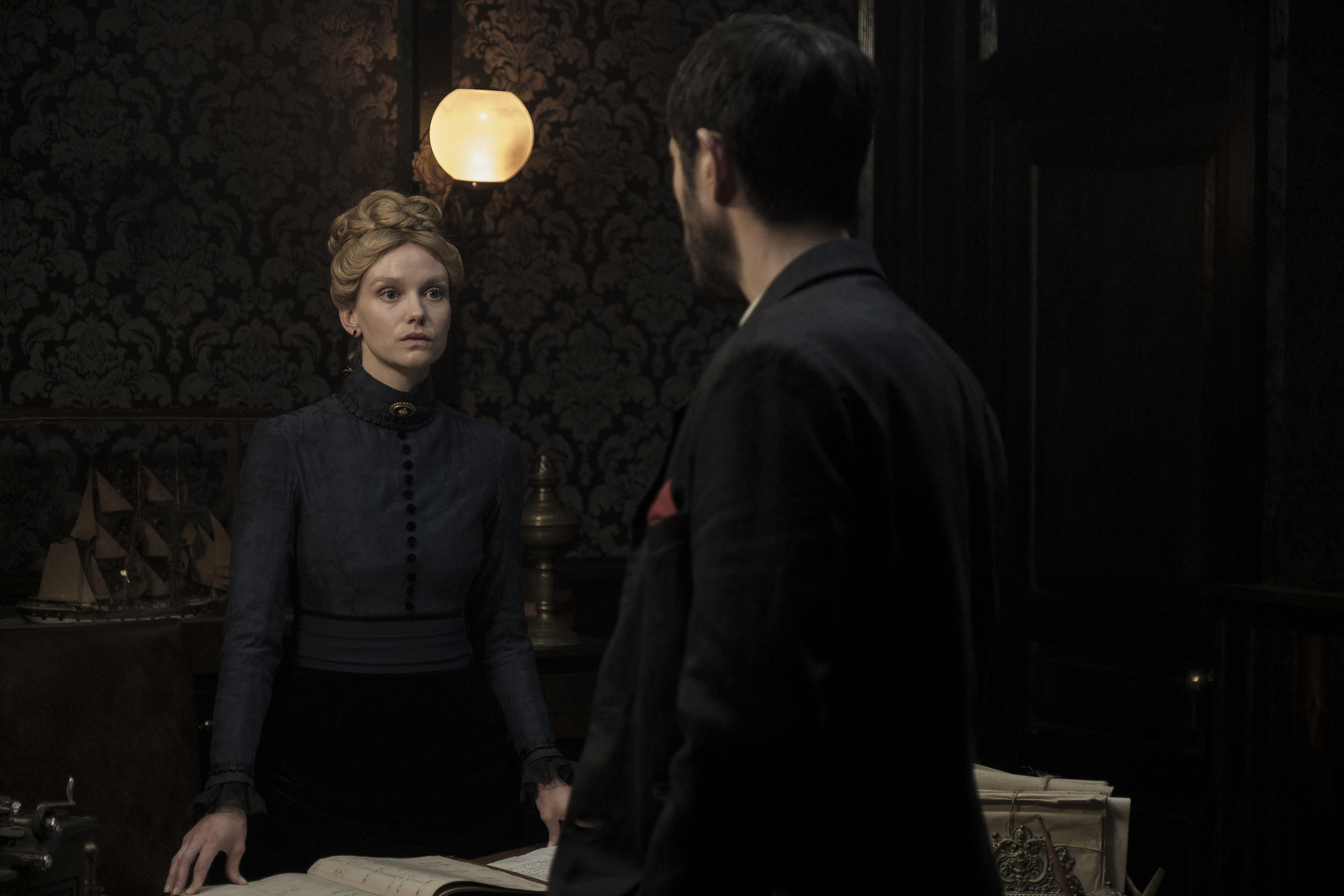 Andrew Koji and Joanna Vanderham in The Chinese Connection (2020)