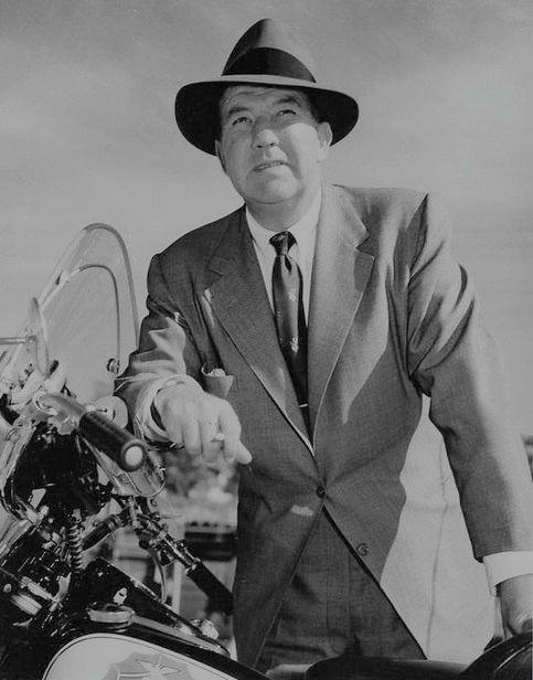 Broderick Crawford in Highway Patrol 1955