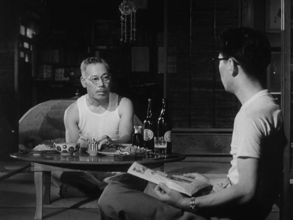 Kazuo Katô and Takashi Shimura in Ikimono no kiroku (1955)