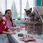 Denisse Ojeda and Makenzie Moss in Puppy Star Christmas (2018)