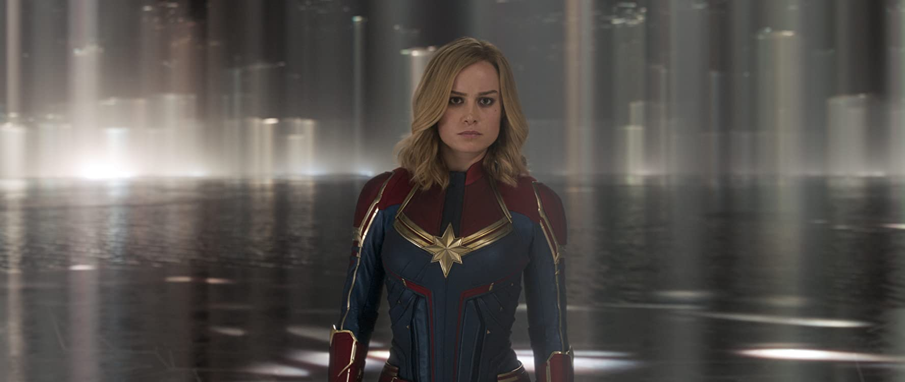 Captain Marvel (2019) Online Subtitrat in Romana