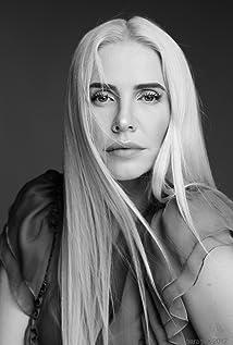 Jenia Tanaeva Picture