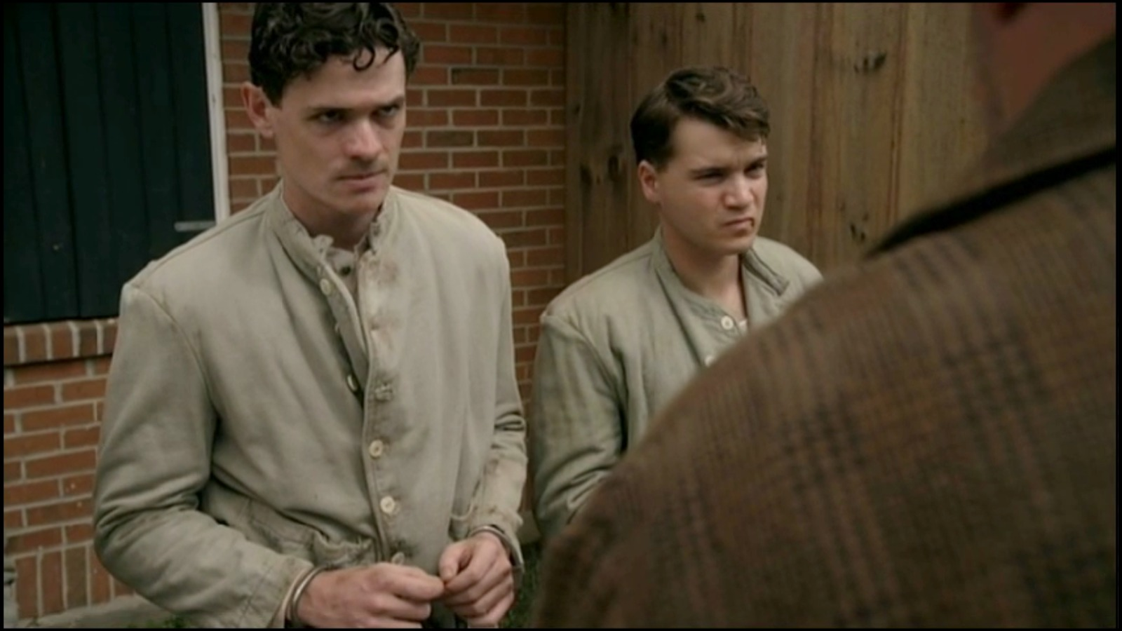 Aaron Jay Rome and Emile Hirsch in Bonnie and Clyde (2015)
