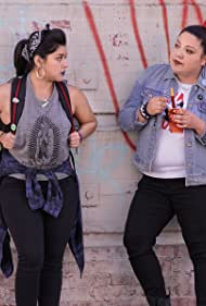 Chelsea Rendon and Elizabeth De Razzo in Vida (2018)