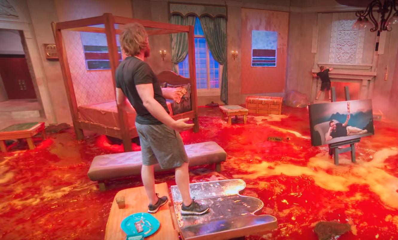 Floor Is Lava (2020)