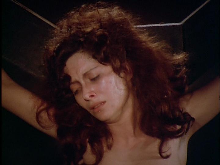 Susana Kamini in Alucarda, la hija de las tinieblas (1977)