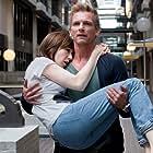 Barry Atsma and Carice van Houten in Komt een vrouw bij de dokter (2009)