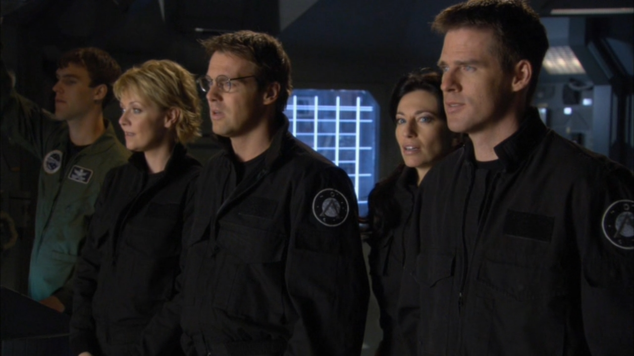 Claudia Black, Ben Browder, Michael Shanks, and Amanda Tapping in Stargate SG-1 (1997)