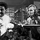 Kenneth Connor, Shirley Eaton, Bob Monkhouse, and Ronnie Stevens in Dentist on the Job (1961)