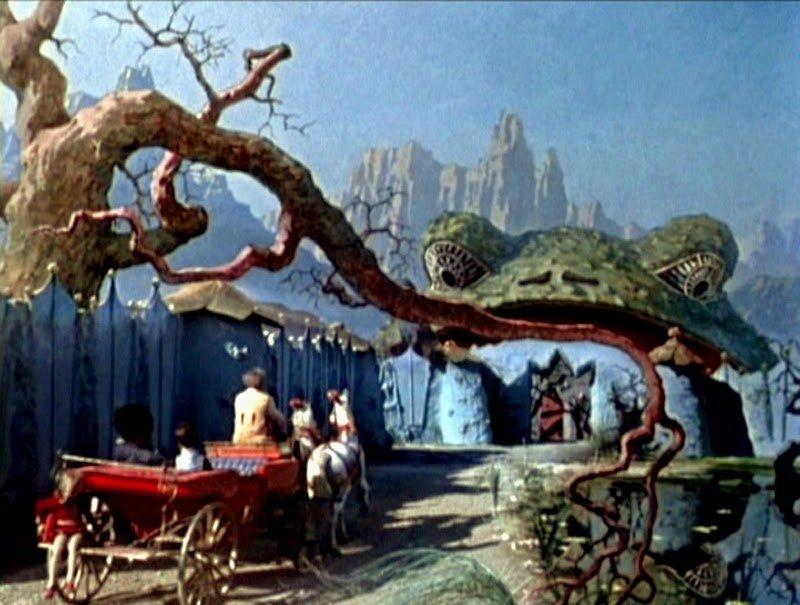 Korolevstvo krivykh zerkal (1963)