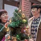 Kim Go-eun and Jung Hae-In in Yuyeolui eumagaelbeom (2019)