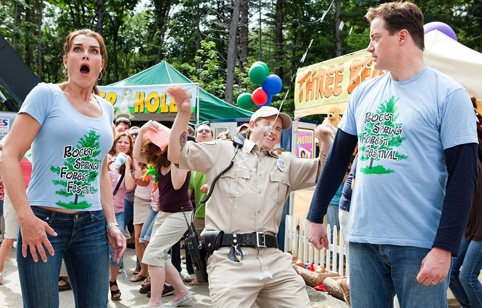 Brooke Shields and Brendan Fraser in Furry Vengeance (2010)