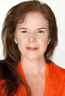 Lisa Bronwyn Moore Picture