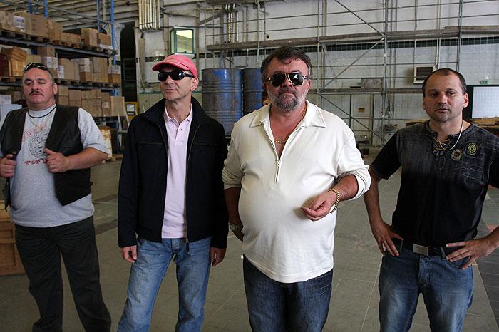 Imre Csuja, Tibor Szervét, Szabolcs Thuróczy, and András Faragó in Valami Amerika 2 (2008)