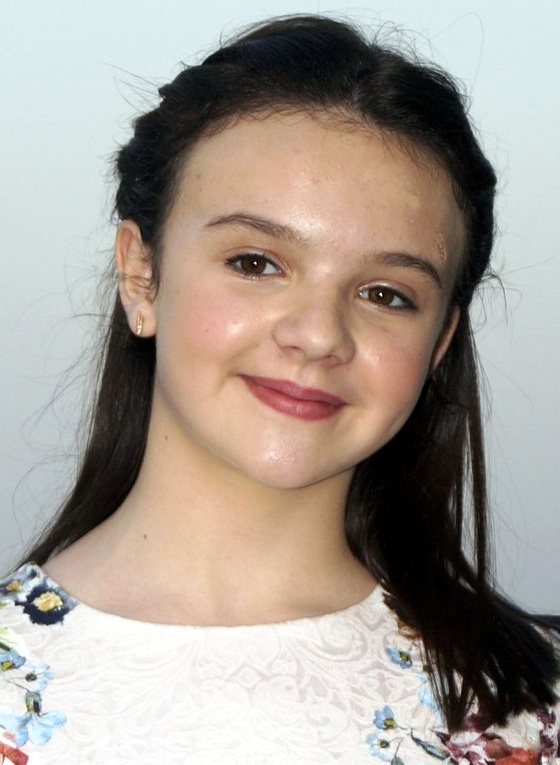 Abigail Eames at an event for Shivaay (2016)