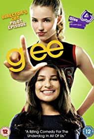 Lea Michele and Dianna Agron in Glee: Director's Cut Pilot Episode (2009)