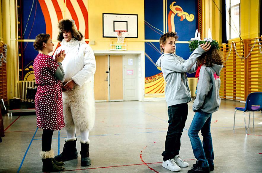 Lars Bom, Louise Mieritz, Samuel Heller-Seiffert, and Ophelia Eriksen in Max Pinlig (2008)