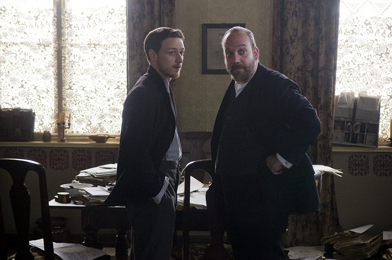 Paul Giamatti and James McAvoy in The Last Station (2009)