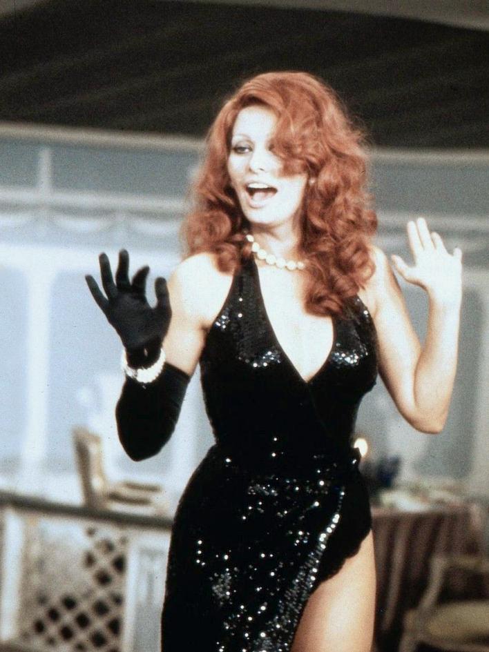 Sophia Loren in La pupa del gangster (1975)
