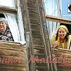 Seyla Halis and Ayten Erman in Cennet Mahallesi (2004)
