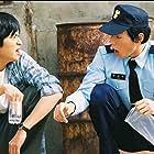 Dong-won Gang and Cheon-hee Lee in Geunyeoreul midji maseyo (2004)
