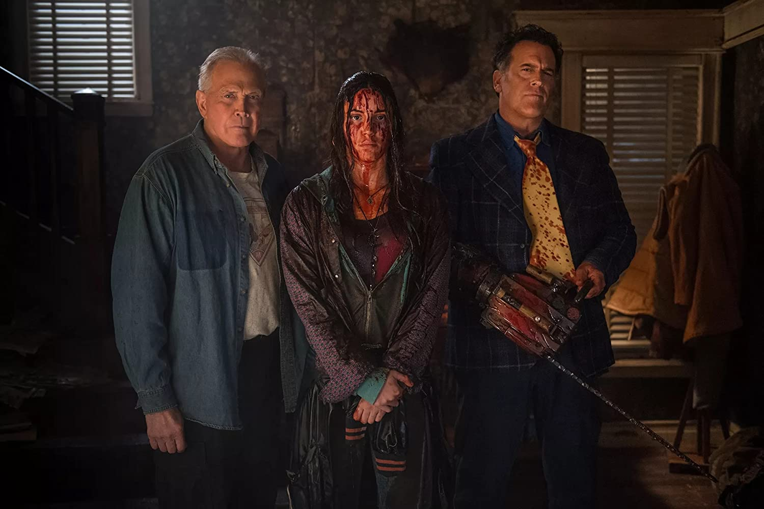 Lee Majors, Bruce Campbell, and Arielle Carver-O'Neill in Ash vs Evil Dead (2015)