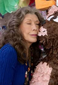 Lily Tomlin in Grace and Frankie (2015)