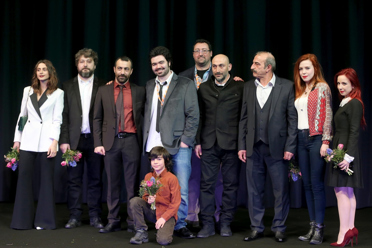 Baris Kaya, Soner Caner, and Alen Huseyin Gursoy at an event for Rauf (2016)