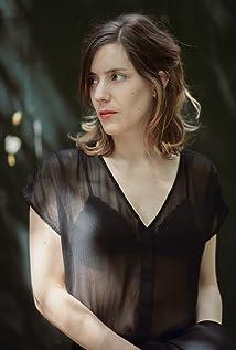 Naomi Velissariou Picture