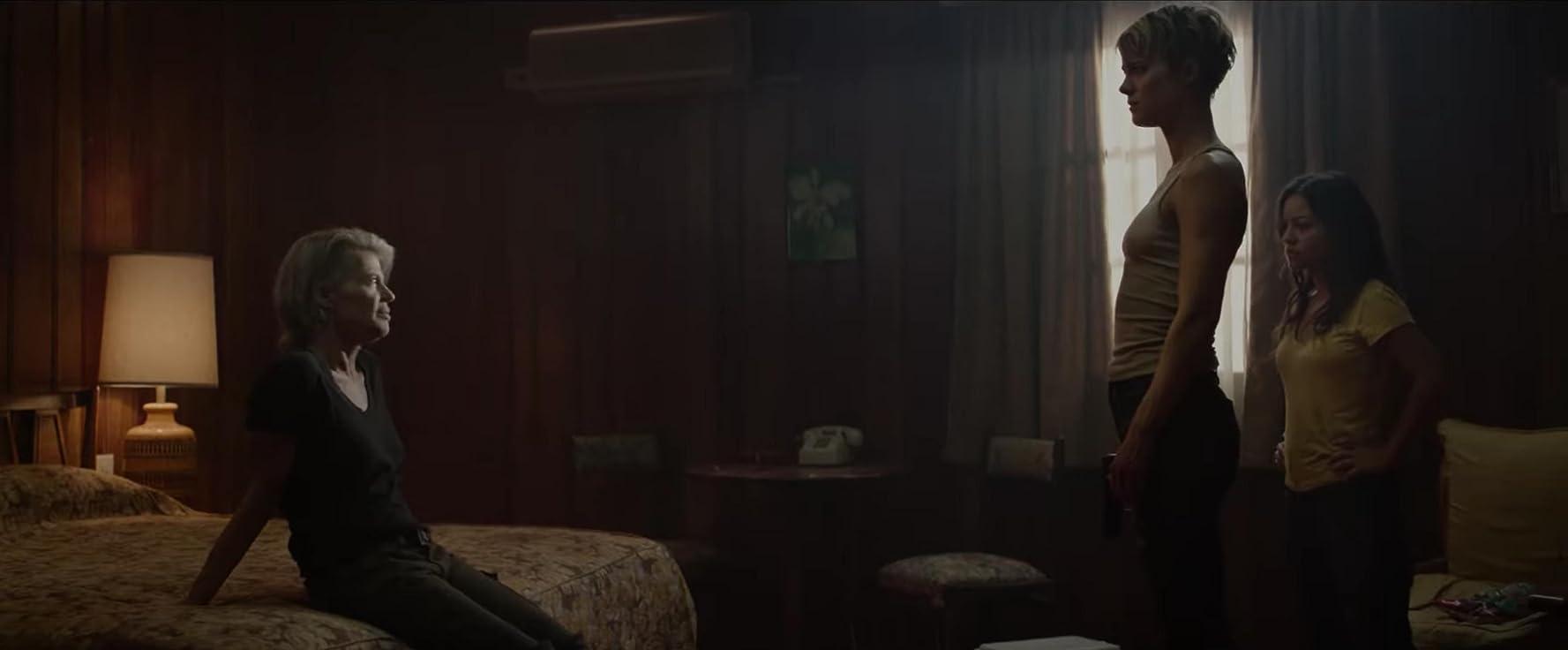 Linda Hamilton, Natalia Reyes, and Mackenzie Davis in Terminator: Dark Fate (2019)