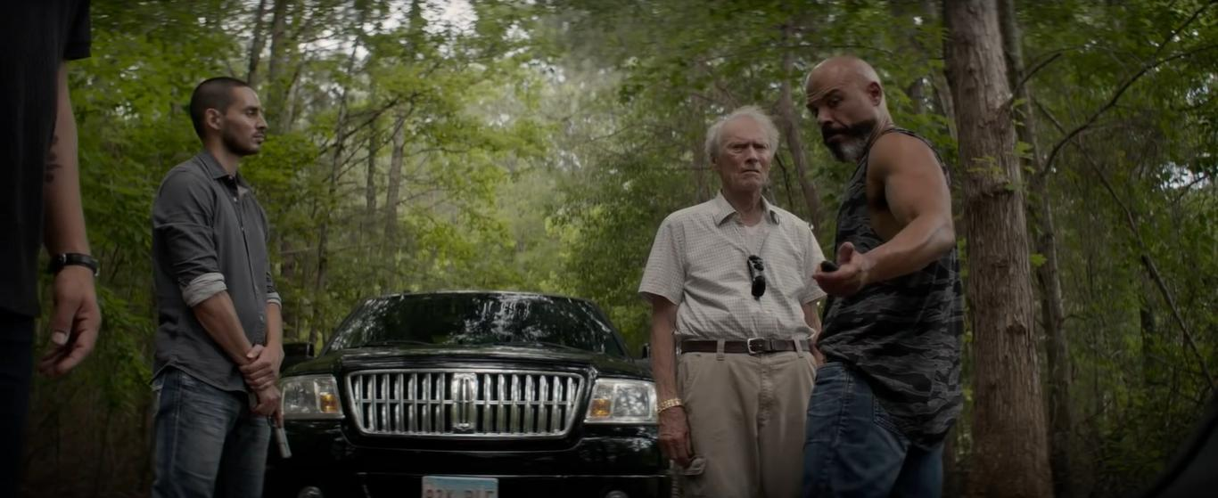 Clint Eastwood and Manny Montana in The Mule (2018)