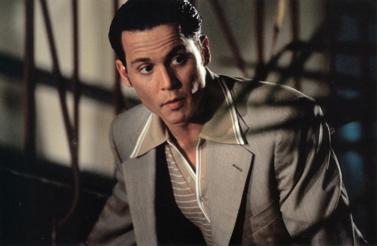 Johnny Depp in Donnie Brasco (1997)