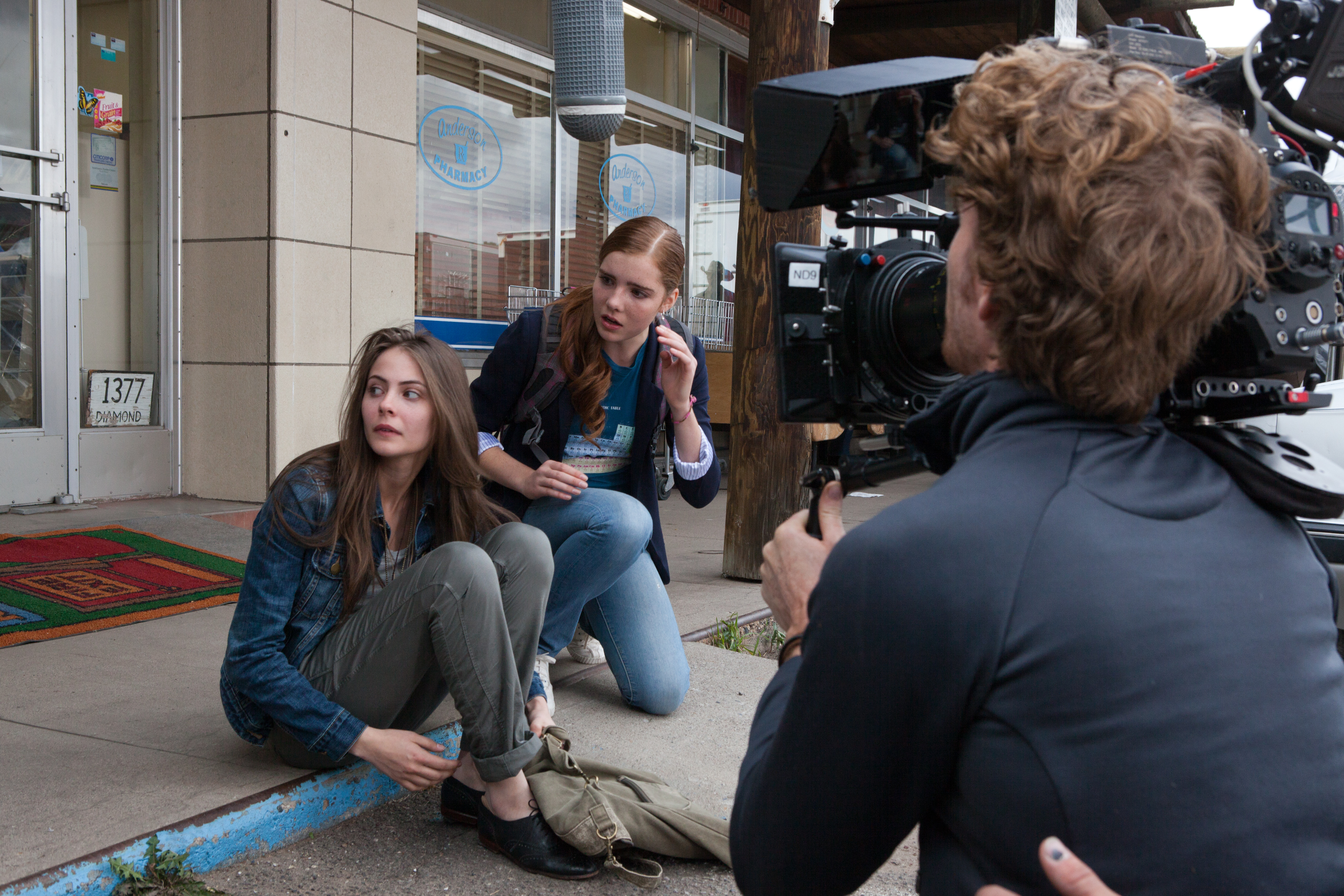Willa Holland and Elise Eberle in Tiger Eyes (2012)