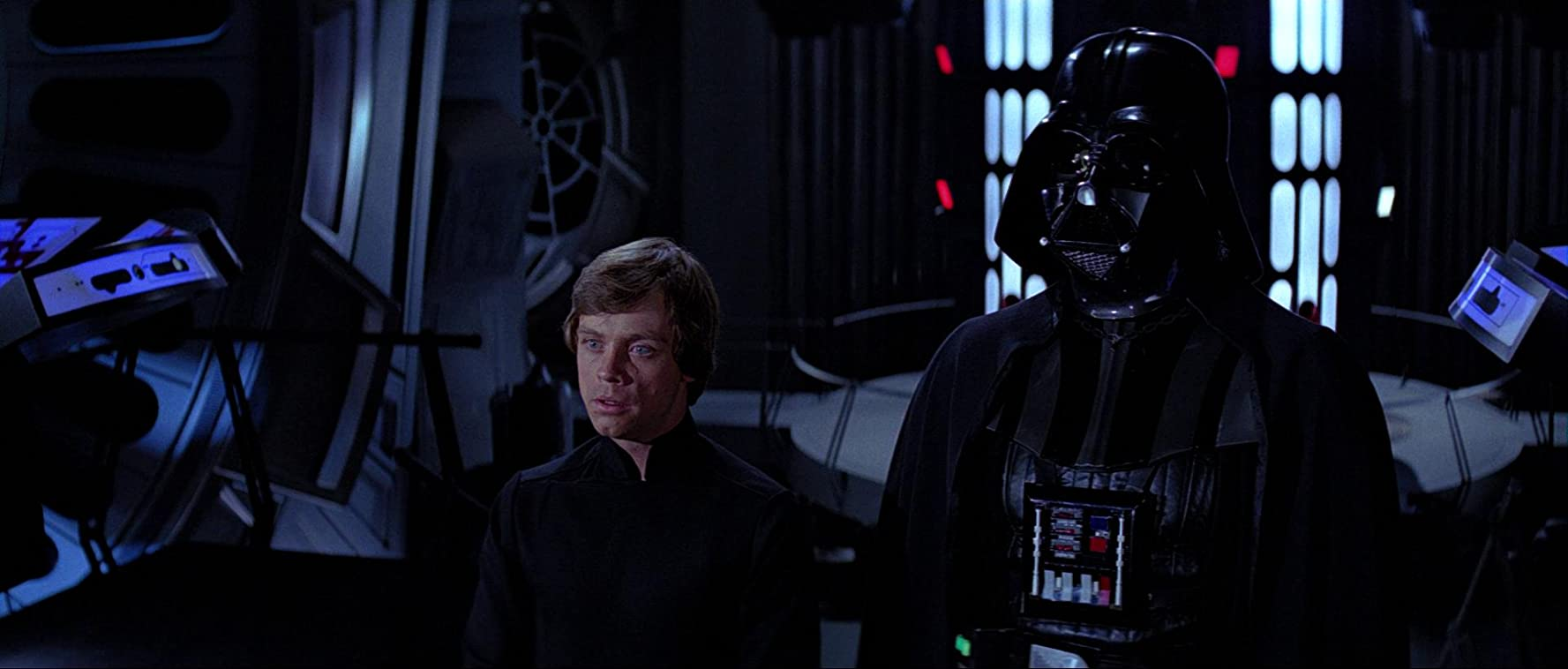 Mark Hamill and David Prowse in Star Wars: Episode VI - Return of the Jedi (1983)