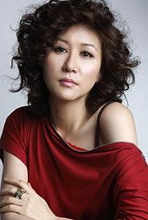 Yoon Ye-hee Picture