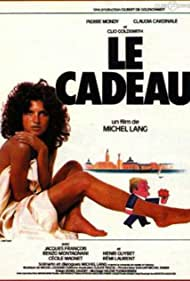 Clio Goldsmith in Le cadeau (1982)