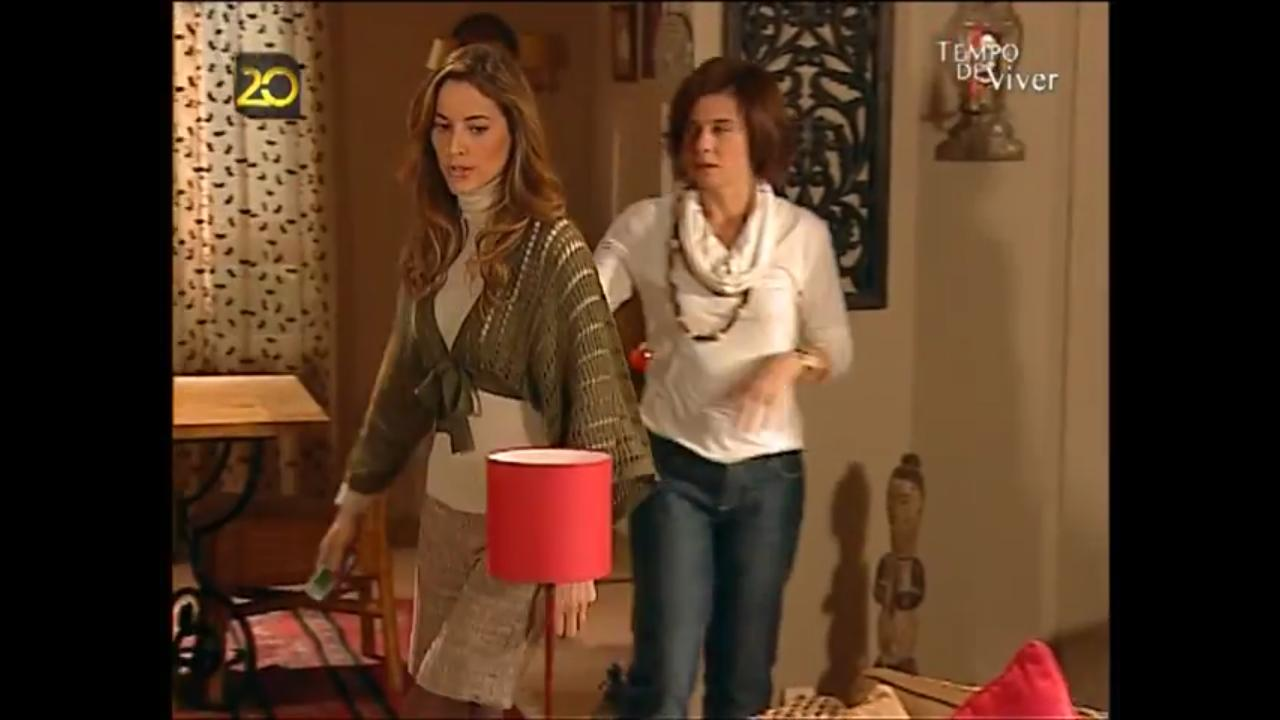 Cristina Homem de Mello and Maria João Bastos in Tempo de Viver (2006)