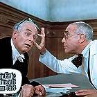 Charles Regnier and Rudolf Schündler in Die Ente klingelt um halb acht (1968)