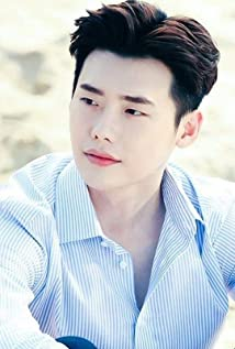 Lee Jong-Suk Picture
