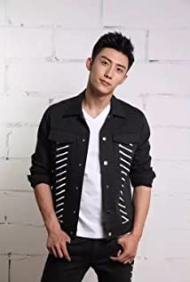 Johnny Huang Picture
