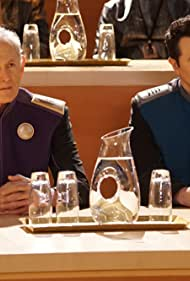 Victor Garber and Seth MacFarlane in The Orville (2017)