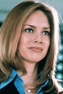Heidi Schanz Picture