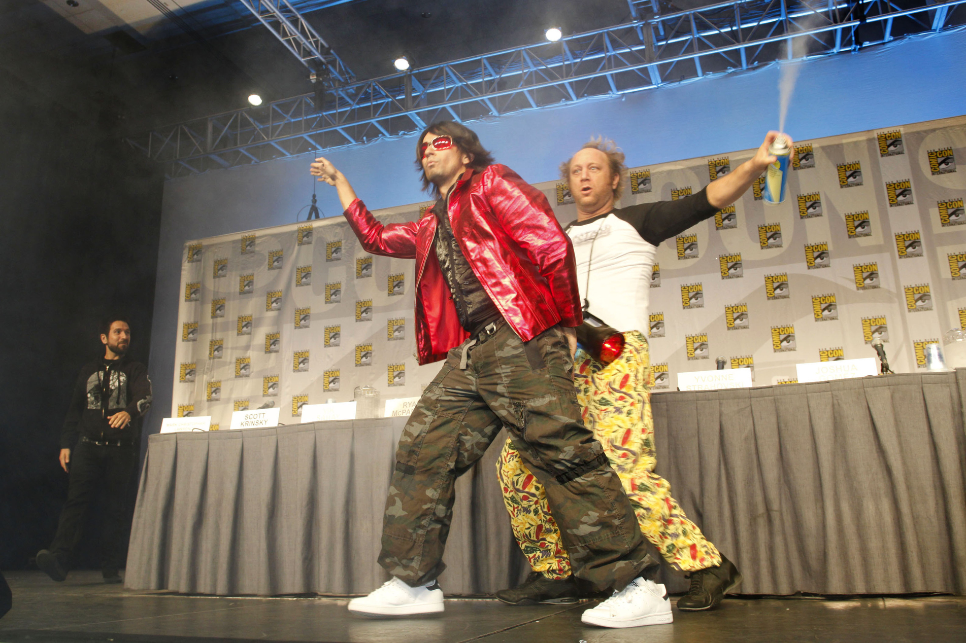 Vik Sahay and Scott Krinsky at an event for Chuck (2007)