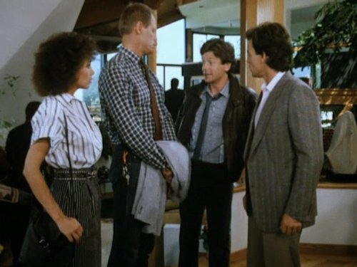 Fred Dryer and Stepfanie Kramer in Hunter (1984)