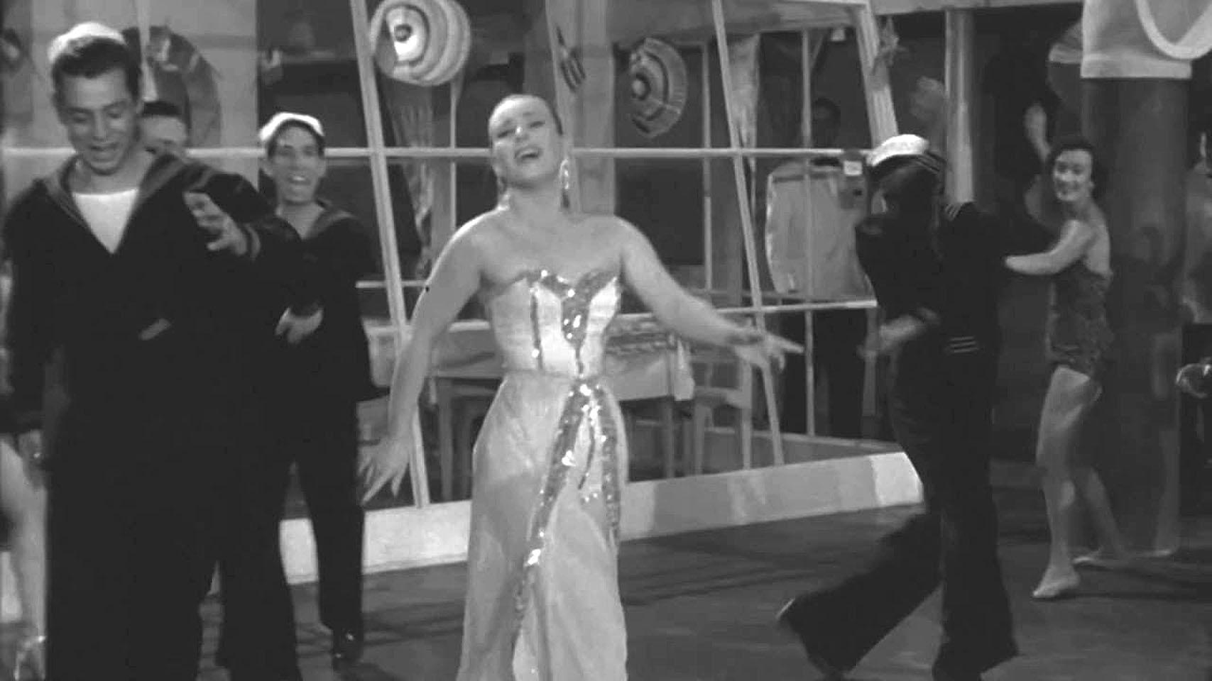 Gloria Mestre in Música, mujeres y amor (1952)